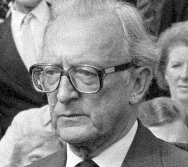 U rujnu 1991. dostavljena mu je Promemorija o položaju srpskog naroda u Hrvatskoj – lord Carrington